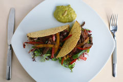 Zwei Tacos essfertig Lizenzfreies Stockbild