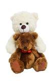 Zwei Teddybären, die auf weißem getrenntem backgrou umarmen Stockbilder