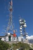 Zwei Telecomunication Kontrolltürme Lizenzfreie Stockfotografie