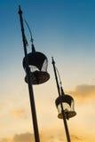Zwei Tonfarben des Himmels mit Schattenbildvogelkäfigdekoration Lizenzfreie Stockbilder