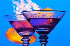 Zwei Traube Martinis stockfotos