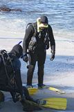 Zwei Unterwasseratemgerät-Taucher Lizenzfreies Stockfoto