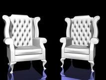 Zwei weiße Stühle Stockfotografie