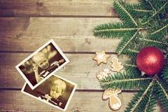 Zwei Weinlesefotos mit Gefühlen von zwei Jungen Lizenzfreie Stockbilder