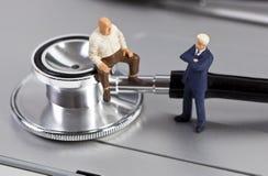 Zwei Zahlen in einem medizinischen Gespräch Lizenzfreies Stockfoto