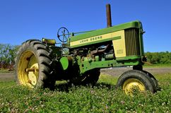 630 zwei Zylinder John Deere Tractor Lizenzfreies Stockbild