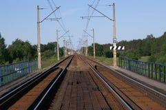 Zweigleisige Schienen Lizenzfreie Stockbilder