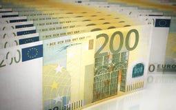 Zweihundert Eurobanknoten Stockbild
