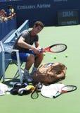 Zweimal Grand Slam-Meister Andy Murray nach Praxis für US Open 2013 bei Louis Armstrong Stadium Stockfotografie