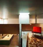 zweiter Stock des Hausinnenraums, Ansicht vom Wohnzimmer stockbilder
