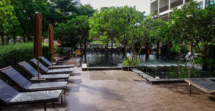 Zwembad bij hotel in Pattaya, Thailand Royalty-vrije Stock Foto