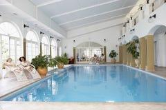 Zwembad bij Kuuroord stock afbeeldingen