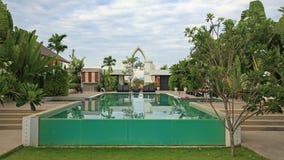 Zwembad bij luxetoevlucht stock foto's
