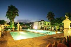 Zwembad bij nacht Royalty-vrije Stock Foto