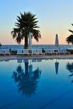 Zwembad bij zonsopgang Royalty-vrije Stock Afbeelding