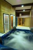 Zwembad met Jacuzzi Royalty-vrije Stock Fotografie