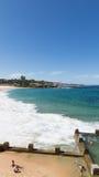 Zwembad op het strand, Sydney Royalty-vrije Stock Foto's