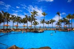 Zwembad op Waikiki strand, Hawaï Royalty-vrije Stock Afbeeldingen