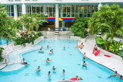 Zwembad in Titus Thermen in Frankfurt-am-Main stock fotografie