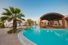 Zwembad van luxehotel Royalty-vrije Stock Fotografie