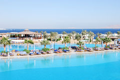 Zwembaden bij het luxueuze hotel van de Sjeik van Sharm Gr royalty-vrije stock afbeelding