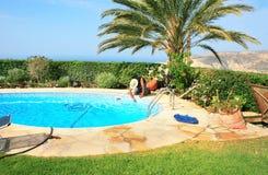 Zwembadreinigingsmachine Royalty-vrije Stock Fotografie