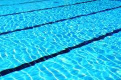 Zwembadstegen royalty-vrije stock foto's