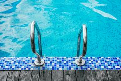 Zwembadtreden stock foto