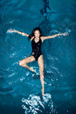 Zwemmende Vrouw Stock Afbeelding