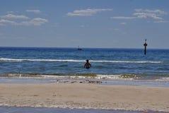 Zwemmer in de oceaan in Frankston Royalty-vrije Stock Afbeelding