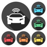 Związany samochód Mądrze samochodowa ikona z bezprzewodowym łączliwość symbolem ilustracja wektor