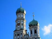 Zwiebel ragt Kirche St. Afra hoch Stockfotografie