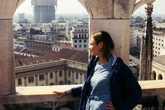Zwiedzać od dachu duomo w Mediolan obrazy royalty free