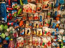 Zwierzę domowe zabawki w zwierzę domowe sklepie Obrazy Stock