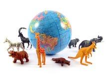 zwierzęta uziemiają globe planetę. Obraz Royalty Free
