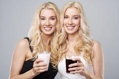 Zwillinge im Studio Lizenzfreies Stockbild