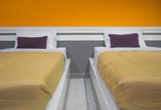 Zwillingsbett Stockbilder