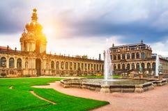 Zwinger museum i Dresden Arkivfoto