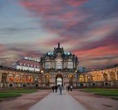 Zwingerpaleis (Der Dresdner Zwinger) in Dresden, Duitsland Stock Foto's