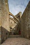 Zwischen den alten Stadtmauern von St. Malo und die alte Stadt stockfoto