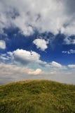 Zwischen der Erde und dem Himmel Lizenzfreies Stockbild