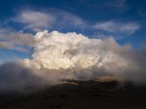 Zwischen Erde und Himmel Lizenzfreie Stockfotos