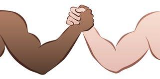 Zwischen verschiedenen Rassen Armdrücken Stockfotografie