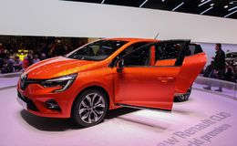 Zwitserland; Gen?ve; 9 maart, 2019; Renault Clio World-premi?re; De 89ste Internationale Motorshow in Gen?ve van zevende tot zeve stock fotografie