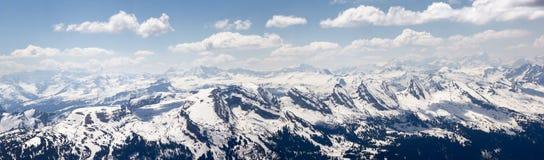 Zwitserse Alpen: Churfirstenbergketen met zijn beroemde zeven pieken royalty-vrije stock afbeeldingen
