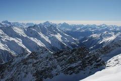 Zwitserse Alpen in de Winter royalty-vrije stock foto's