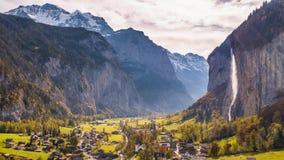 Zwitserse Bergwaterval Lauterbrunnen Zwitserland Lucht4k stock videobeelden