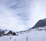 Zwitserse chalets royalty-vrije stock foto's