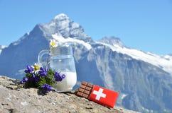 Zwitserse chocolade royalty-vrije stock afbeeldingen