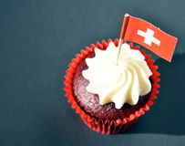 Zwitserse Nationale Dag cupcake Stock Afbeelding